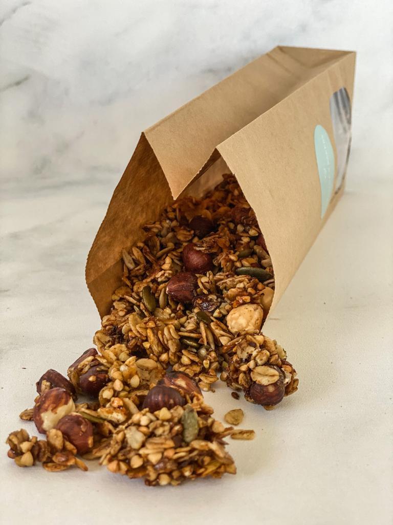 Koffie liefhebber? Dan is deze granola het perfecte begin van de dag voor jou! Heerlijk met een mok koffie er bij, zo weet je zeker dat je de dag wel… View Details