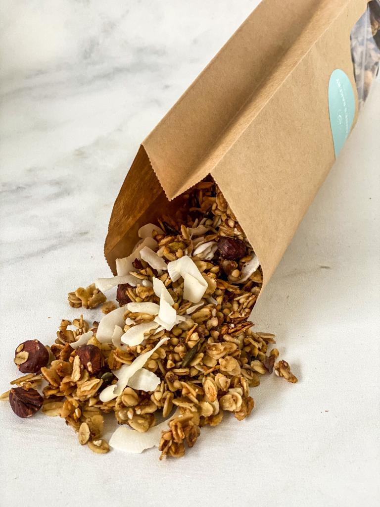Onze best verkochte smaak; de kokos variant. Een echte musthave voor elke ontbijt liefhebber, onze kokos granola is werkelijk overal bij te combineren en doet het altijd goed.  … View Details