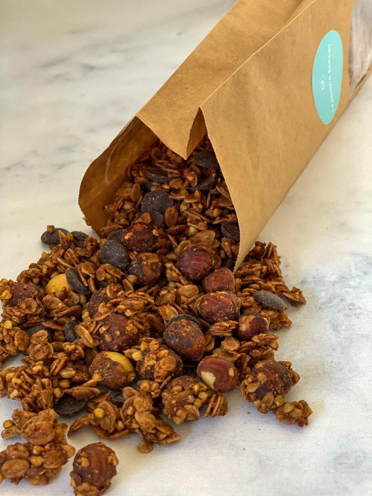 Pindakaas Chocolade Granola kopen bij Leannes Bakery